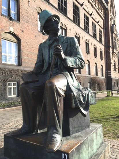 H.C.Andersen på Rådhudpladsen