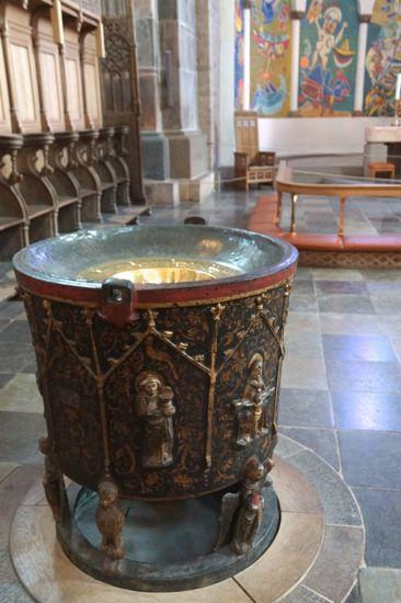 Døbefonten i Ribe Domkirke